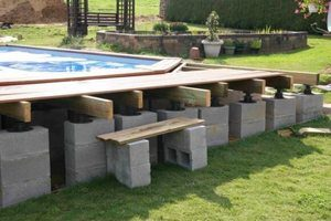 Devis piscine semi enterr e gratuit guide et conseils for Piscine en kit semi enterree beton