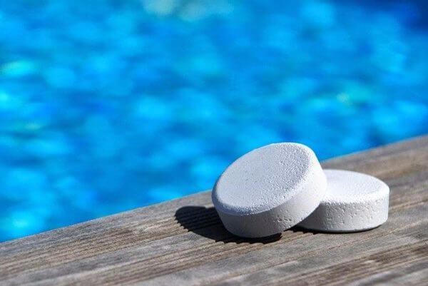 chlore en pastille pour piscine