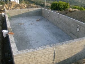 construction de piscine beton Nimes